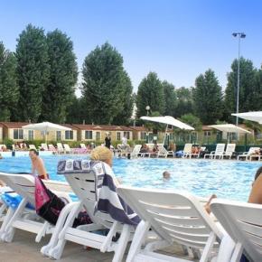 Hostele i Schroniska - PLUS Camping Jolly