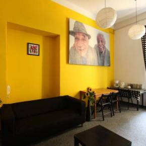 Hostele i Schroniska - Hostel Yellow
