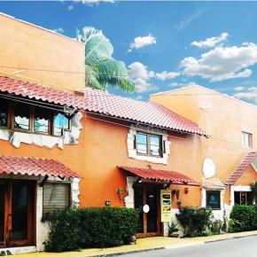 Hostele i Schroniska - Hotel Playa del Karma