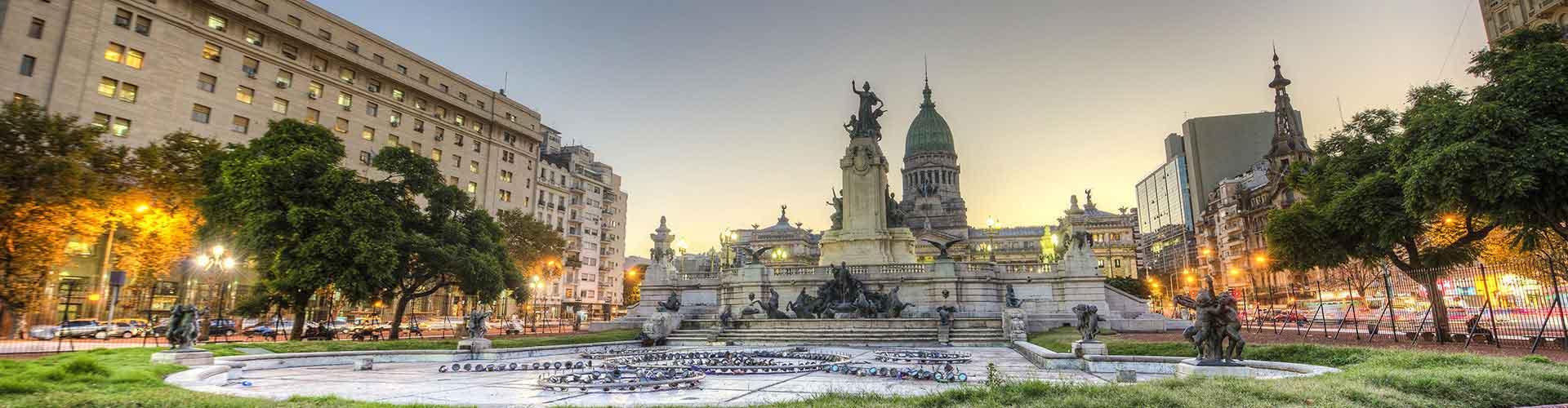 Buenos Aires - Hostele w pobliżu: Lotnisko Aeroparque Jorge Newbery. Mapy: Buenos Aires, Zdjęcia i Recenzje dla każdego hostelu w mieście: Buenos Aires.