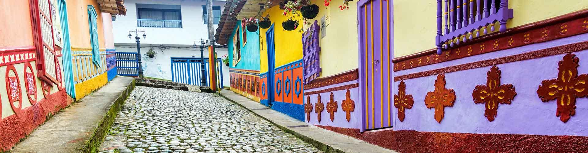 Medellín - Hostele w mieście: Medellín, Mapy: Medellín, Zdjęcia i Recenzje dla każdego hostelu w mieście Medellín.