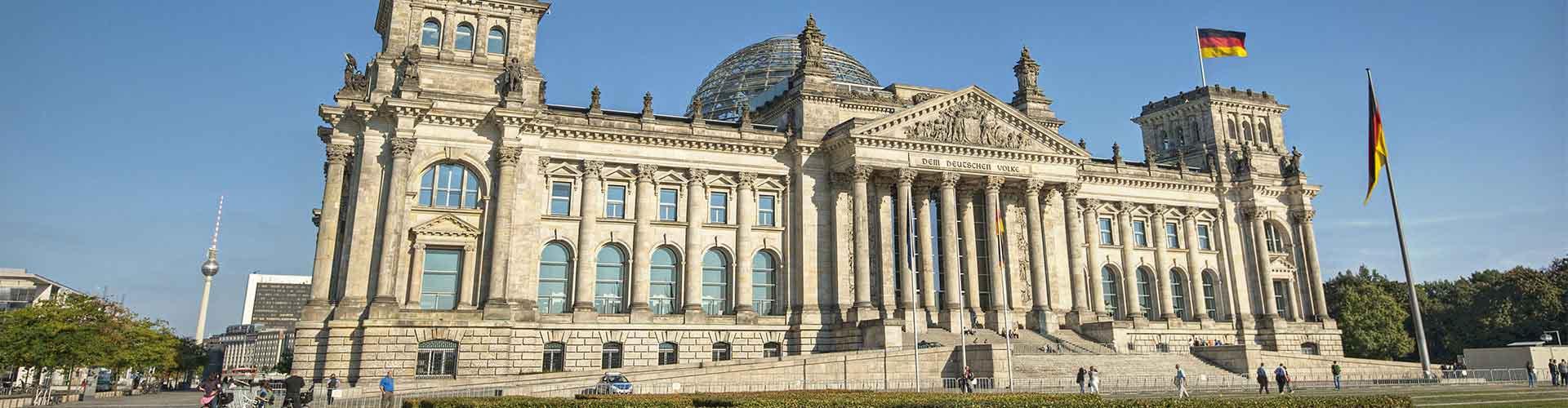 Berlin - Hostele w pobliżu: Budynek Reichstagu. Mapy: Berlin, Zdjęcia i Recenzje dla każdego hostelu w mieście: Berlin.