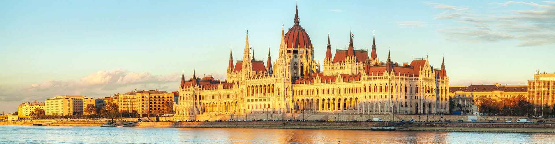Budapeszt - Schroniska Młodzieżowe w mieście Budapeszt, Mapy dla miasta Budapeszt, Zdjęcia i Recenzje dla każdego Schroniska Młodzieżowego w mieście Budapeszt.