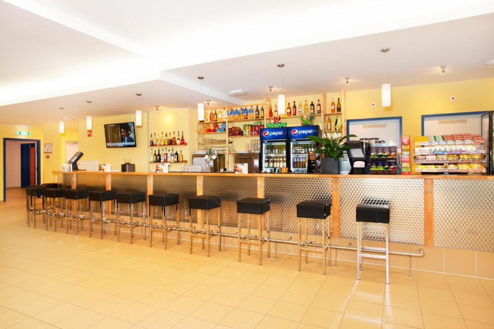 Zamów kilka drinków w naszym własnym barze