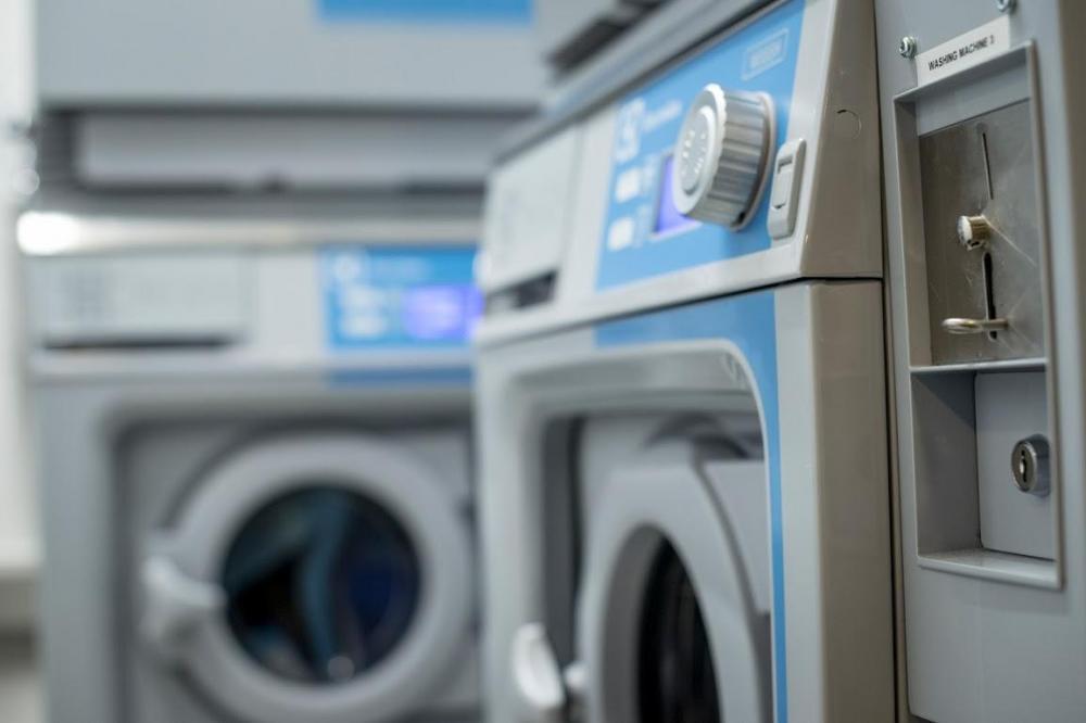ClinkNOORD dysponuje pralnią w pełni wyposażoną i dostępną dla gości