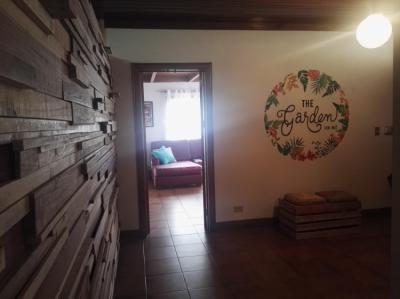 Hostele i Schroniska - The Garden hostel