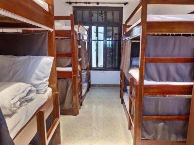 Hostele i Schroniska - 7Fridays West lake Hostel