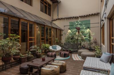 Hostele i Schroniska - Selina Plaza De Armas Cusco