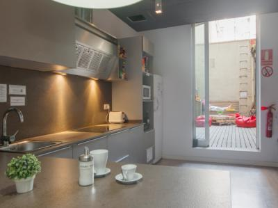 Hostele i Schroniska - Hostel No Limit Barcelona Central