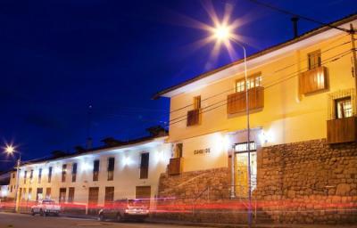 Hostele i Schroniska - Selina Cusco