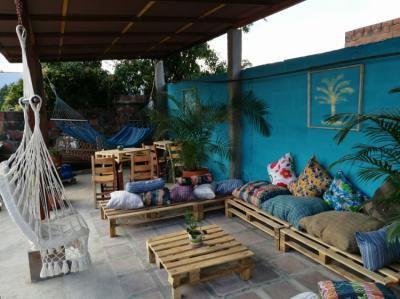 Hostele i Schroniska - Albaka Hostel