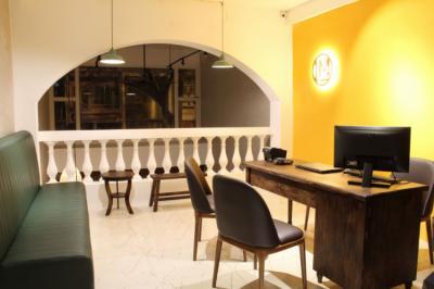 Hostele i Schroniska - Lamo Boutique Hotel & Hostel