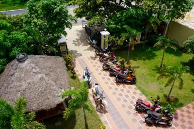 Hostele i Schroniska - Mad Monkey Hostel Kampot