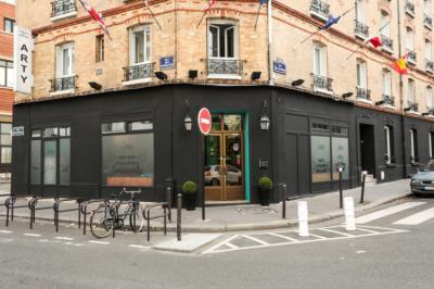 Hostele i Schroniska - Arty Paris Portes de Versailles by Hiphophostels