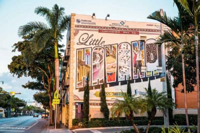 Hostele i Schroniska - Selina Little Havana Miami