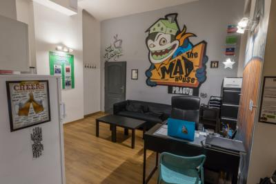 Hostele i Schroniska - Hostel The MadHouse Prague