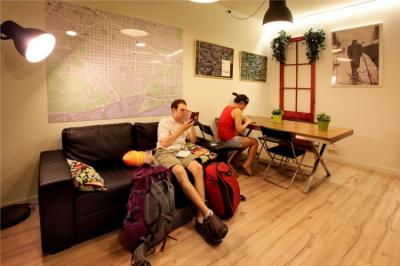 Hostele i Schroniska - Gracia City Hostel
