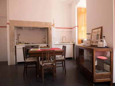 Hostele i Schroniska - No Limit Alfama Guesthouse