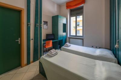 Hostele i Schroniska - Hostel Roma Scout Center
