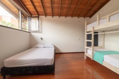 Hostele i Schroniska - Hostel Casa Lirio