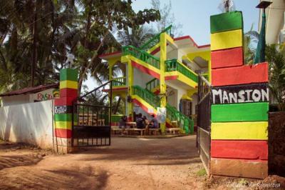 Hostele i Schroniska - Rasta Mansion Backpacker Hostel