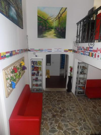 Hostele i Schroniska - Art City Hostel
