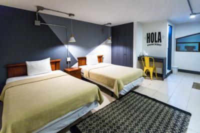 Hostele i Schroniska - Selina Secret Garden Lisbon