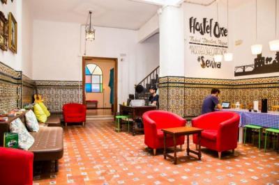 Hostele i Schroniska - Hostel One Catedral Sevilla