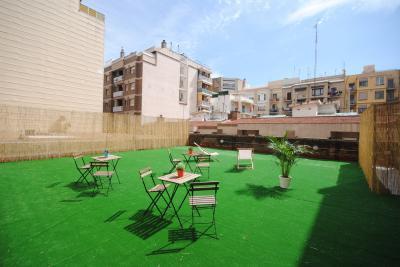 Hostele i Schroniska - Bed & Bike Barcelona Hostel